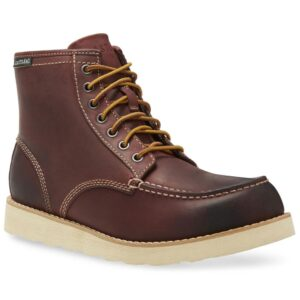 """Lumber up"""" work boots by Eastland"""