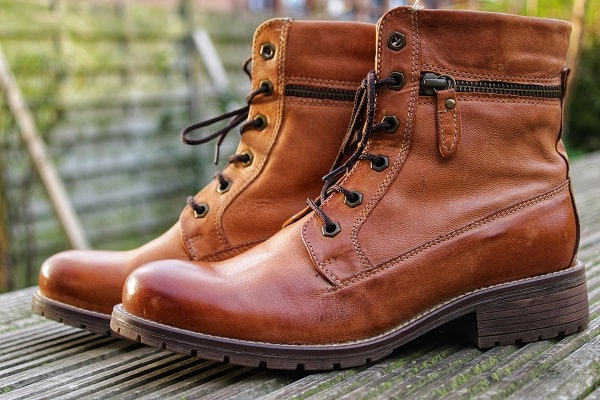 lightweight work boots