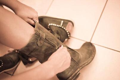 cowboy boot tightener