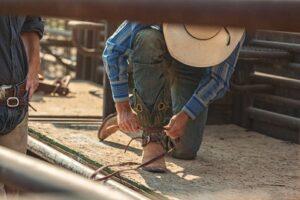 how should cowboy boots fit ariat